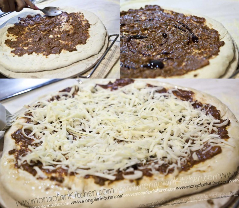top with bolognese, bbq sauce and mozzarella cheese and bake pizza dough pappa johns pizza dough ercipe